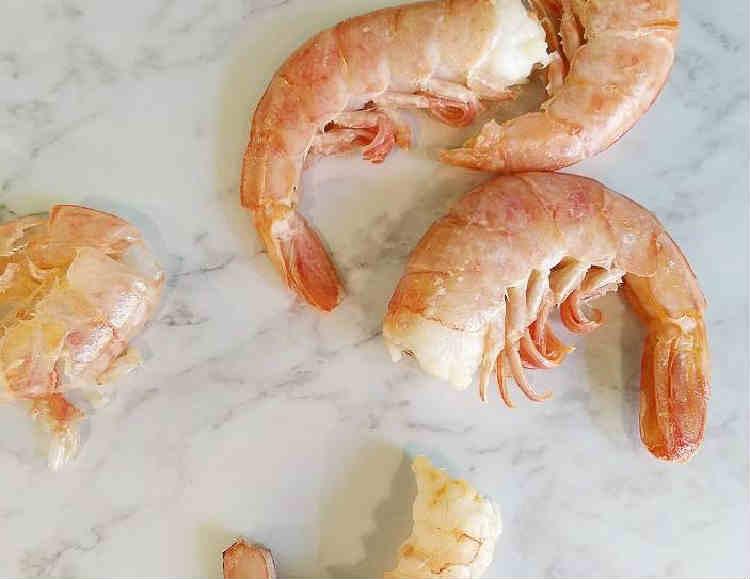 Samye vkusnye salaty s krevetkami7