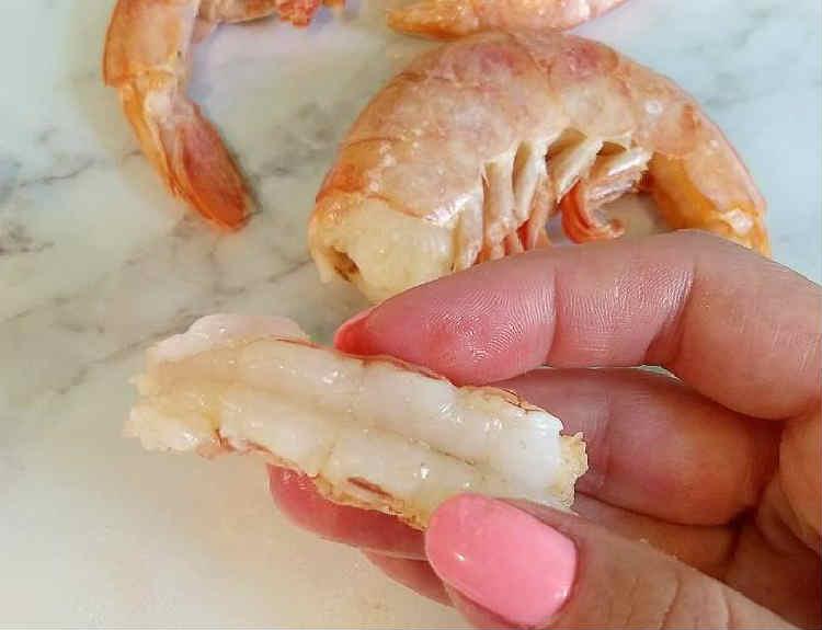 Samye vkusnye salaty s krevetkami8