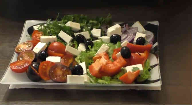 Grecheskij salat12