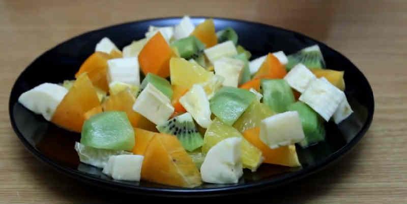 Salat s hurmoj54