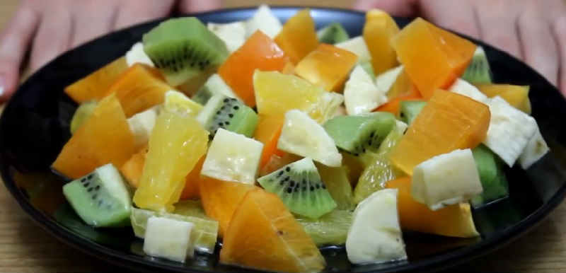 Salat s hurmoj56