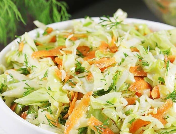Salat iz svezhej kapusty s morkov'yu10