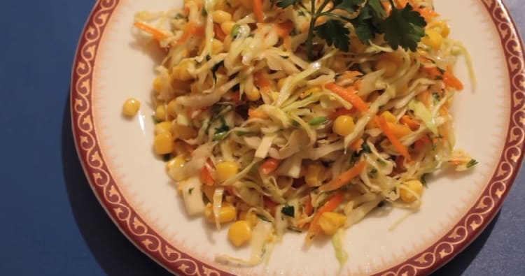 Salat iz svezhej kapusty s morkov'yu39