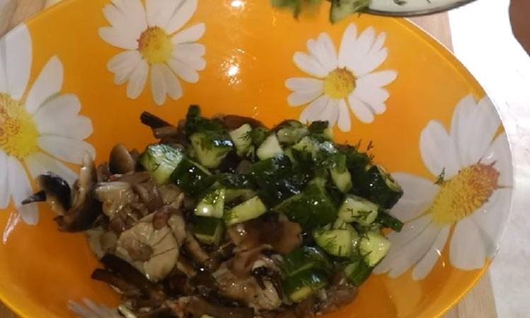 Salat s marinovannymi opjatami20