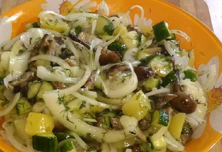 Salat s marinovannymi opjatami22