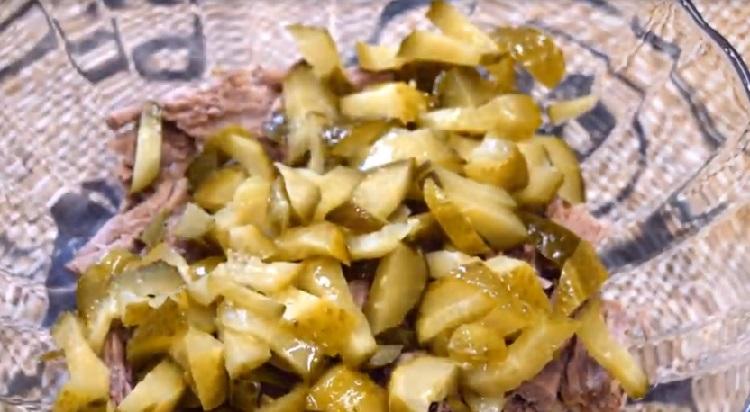 Salat s marinovannymi opjatami30-1